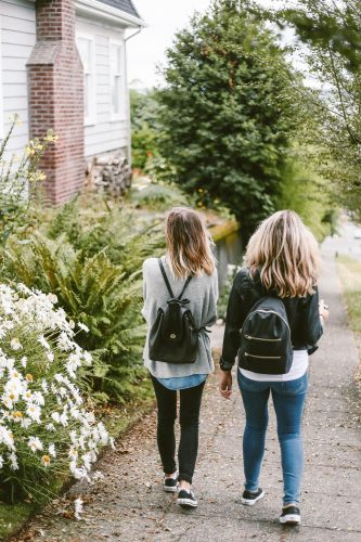 10 THINGS TO DO WITH YOUR TEENS DURING VACATION